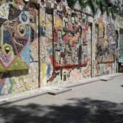 أكبر جدارية فسيفسائية في العالم مصنوعة من بقايا خردوات وزجاج/ دمشق - نور أبو فرّاج