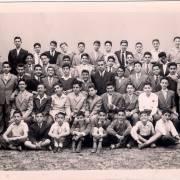 الصف الأول الإعدادي في مدرسة الآباء العازريين 1961 بدمشق - savepics
